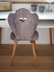 Schreibtischstuhl aus Holz in Altholz