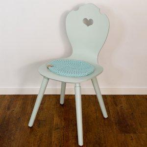 SÜSSHOLZ Stuhl mit Theresas Green lackiert